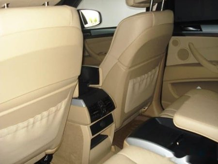 Bmw X6 2011 P2,700,000 for sale