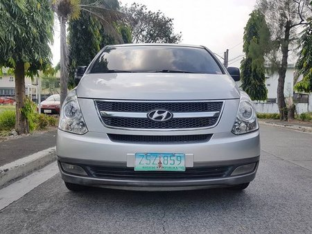 Hyundai Grand Starex 2009 VGT Gold FOR SALE
