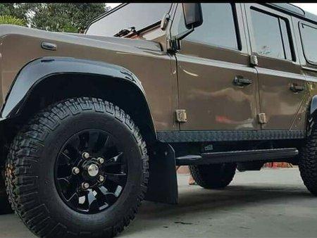 2016 Land Rover Defender 110 Rough Edition