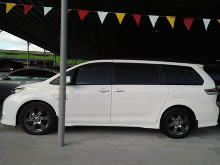 Toyota Sienna SE 2018 for sale
