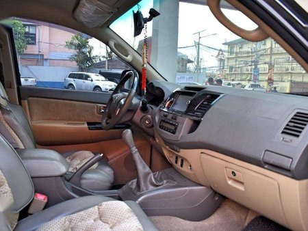 2013 Toyota Fortuner G for sale