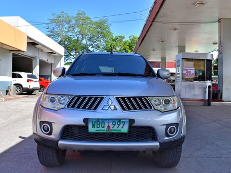 Silver 2013 Mitsubishi Montero Sport at 40000 km for sale