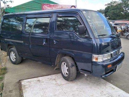 2011 Nissan Urvan shuttle Very good condition