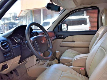 2013 Ford Everest MT for sale