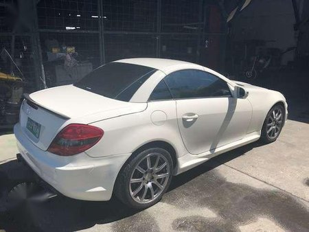 2010 Mercedes BENZ SLK 350 with AMG Body kit ( Local CATS Car)