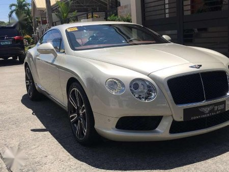 Ultimate Luxury Sport Coupe 2013 Bentley Continental GT Local