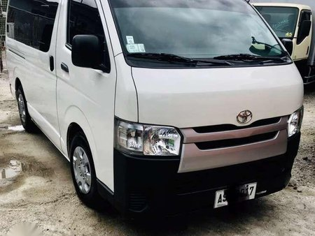 Toyota HIACE Commuter super grandia FOR SALE