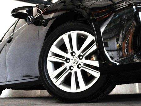2013 Lexus ES350 Php 1,508,000 neg.