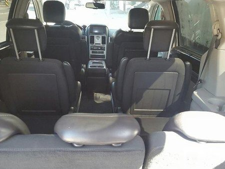 Chrysler Town and Country 2010 for sale