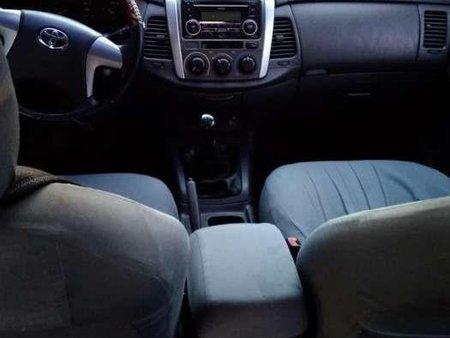 Toyota Innova E 2012 for sale