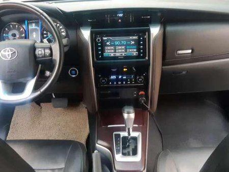 2017 Toyota Fortuner V 4x2 Matic Diesel for sale