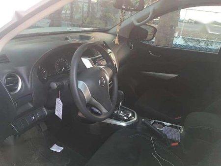 2018 Nissan Navarra NP300 Calibre EL 4x2 matic for 230k