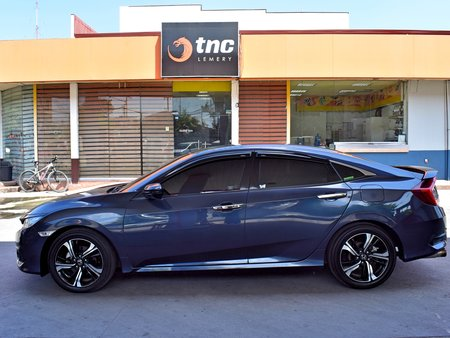 2nd Hand Blue 2017 Honda Civic for sale in Lemery