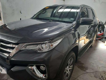 Toyota Fortunre G 2018 Gray Manual Tranny for sale