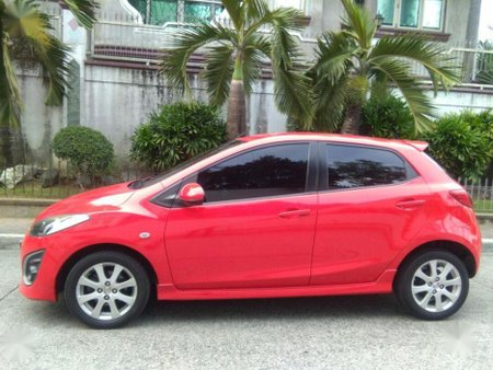 Selling 2nd Hand (Used) Mazda 2 2010 Hatchback in Quezon City