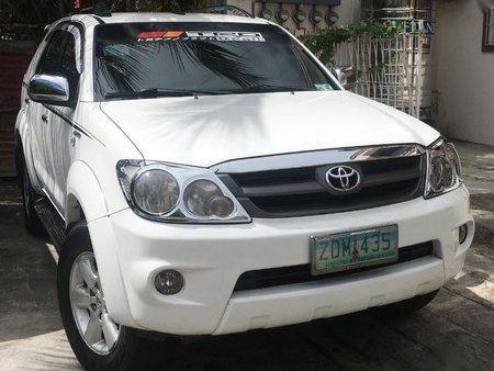 Selling 2nd Hand Toyota Fortuner 2006 at 100000 in Las Piñas