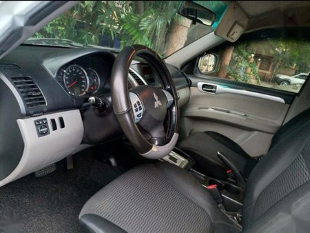 Selling Mitsubishi Montero Sport 2010 Automatic Diesel in Pasay