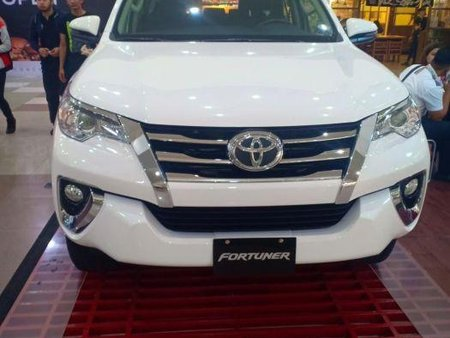 Brand New Toyota Fortuner 2019 Manual Gasoline for sale in Malabon
