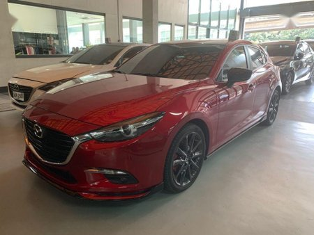 Selling Used Mazda 3 2018 in Pasig