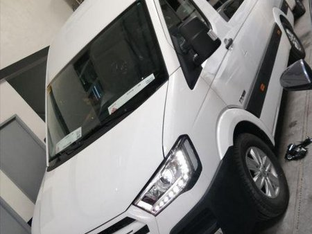 Sell 2nd Hand 2018 Hyundai H350 at 10000 km in Quezon City