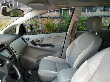 Sell 2nd Hand 2010 Toyota Innova at 80000 km in San Fernando