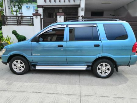 Selling 2nd Hand Isuzu Crosswind 2009 Manual Diesel at 90000 km in Pasig