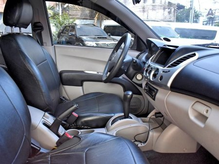 Selling 2nd Hand Mitsubishi Strada 2011 at 80000 km for sale in Lemery