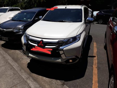 Selling 2nd Hand Mitsubishi Montero 2018 Manual Diesel at 8576 km in Manila