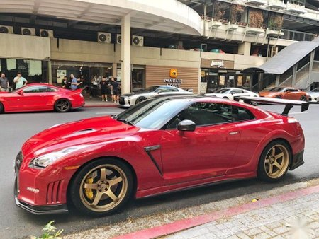 Selling 2nd Hand Nissan Gt-R 2010 at 10000 km in Quezon City