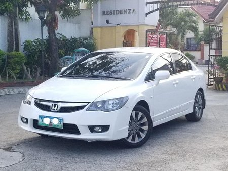 Selling 2010 Honda Civic Automatic at 70000 km