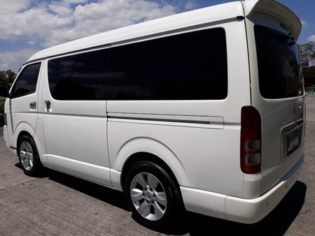 Selling White 2008 Toyota Hiace Automatic Diesel