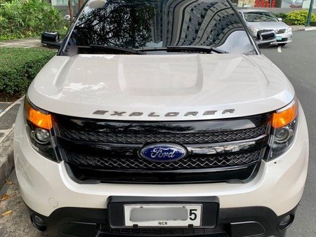 Sell 2nd Hand 2015 Ford Explorer Automatic Gasoline at 58000 km in Taguig