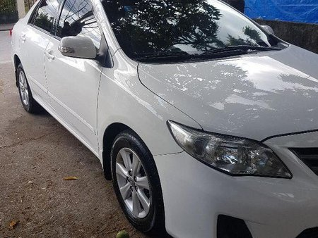 Sell 2nd Hand 2011 Toyota Altis at 110000 km in Lipa