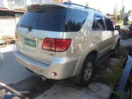 Selling Used Toyota Fortuner 2006 in Paniqui