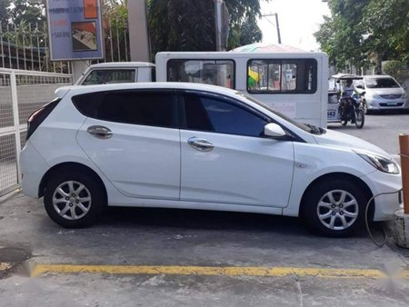 Selling 2nd Hand Hyundai Accent 2013 Hatchback Manual Diesel at 50000 km in Quezon City