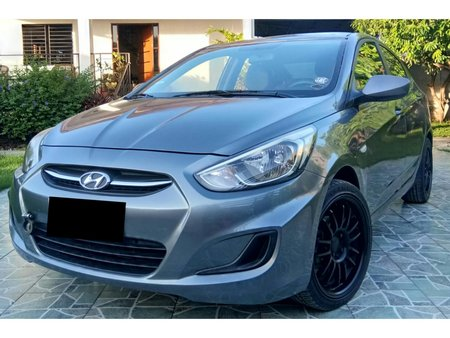 Hyundai Accent 2015 Manual at 35000 km for sale in Pandi