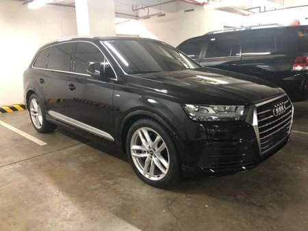 2nd Hand Audi Q7 2016 at 10000 km for sale