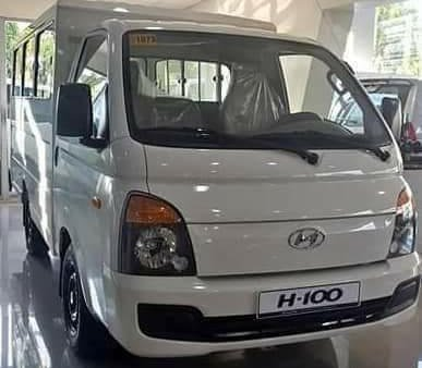 Selling Brand New Hyundai Grand Starex 2019 in Manila