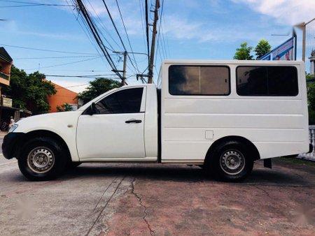 Sell 2nd Hand 2012 Mitsubishi L200 at 70000 km in Marikina