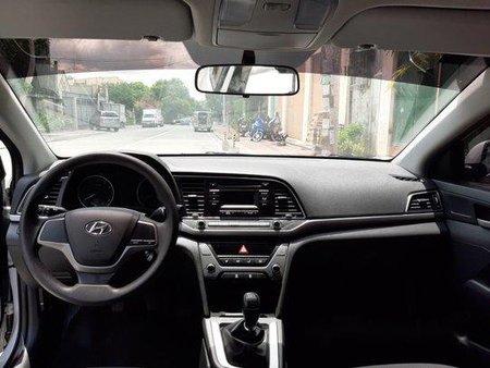 Selling Silver Hyundai Elantra 2018 Manual Gasoline at 1000 km in Quezon City