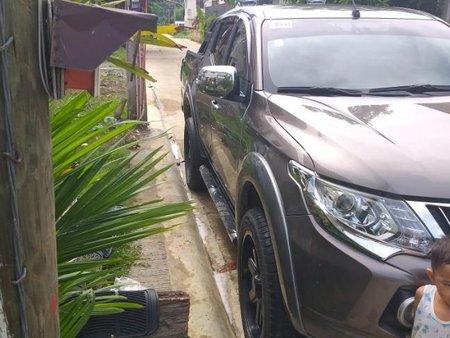 Selling 2nd Hand Mitsubishi Strada 2015 at 88000 km in Puerto Princesa