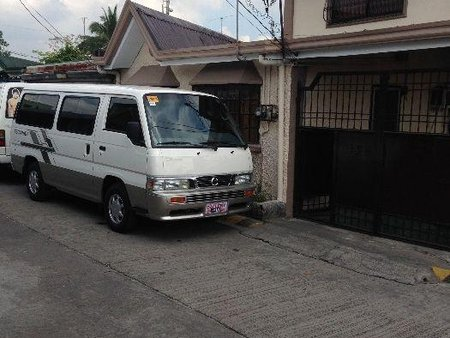 Selling 2nd Hand Nissan Escapade 2015 Manual Diesel at 90000 km in Manila