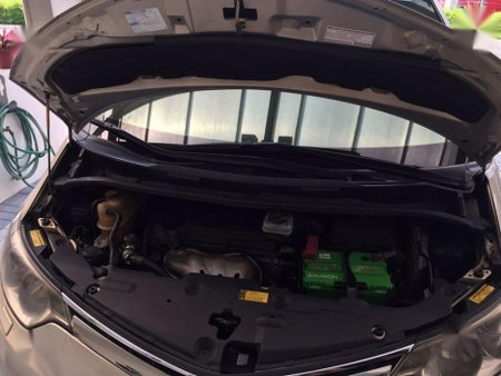 2nd Hand Toyota Previa Automatic Gasoline for sale in Quezon City