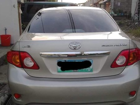Selling Toyota Altis 2010 Manual Gasoline in Lipa