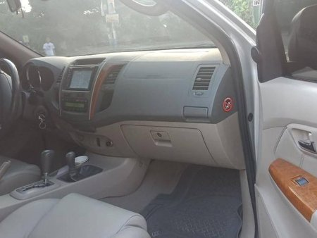 2nd Hand Toyota Fortuner 2010 Automatic Diesel for sale in Quezon City
