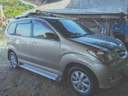 Selling 2nd Hand Toyota Avanza 2011 in San Miguel