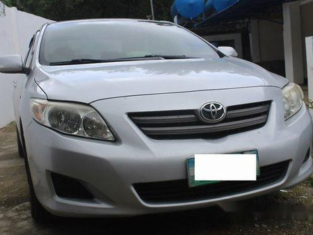 Selling Silver Toyota Corolla Altis 2008 at 89908 km