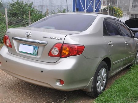 Selling Toyota Altis 2010 at 54000 km in Baguio