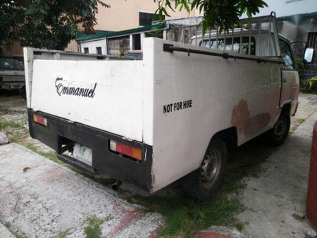 Selling Mitsubishi L300 2003 Manual Diesel in Valenzuela