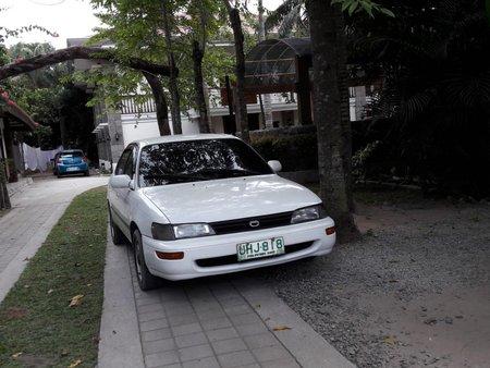 Selling Toyota Corolla 1996 in San Fernando